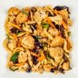 Вокси с цветной капустой, морковью, древесными грибами, луком, мясом цыпленка, вес: 300 грамм