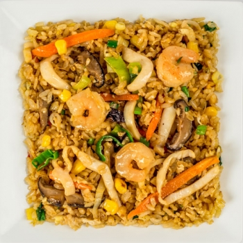 Шанхайский рис с морепродуктами